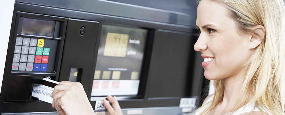 ATM Scams: Beware Deep Insert Card Skimming | TransUnion